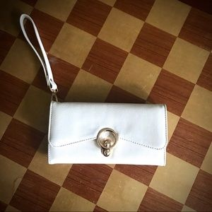 NWOT white & gold wristlet/clutch with strap